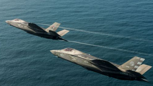 The F-35 warplane has connectivity to other weapons systems but this can be a potential 'back door' for 黑客.